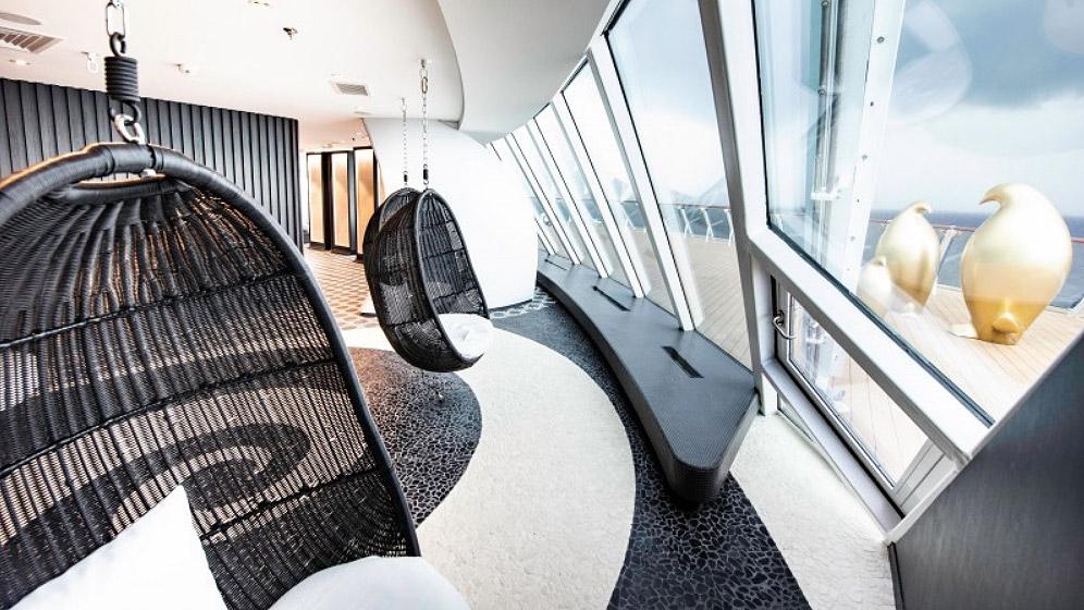 "Celebrity Cruises Literally Has The ""Edge"" On The Seas 10"