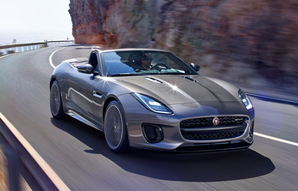 Luxurious Magazine Road Test: The Jaguar F-TYPE Convertible R-Dynamic 3