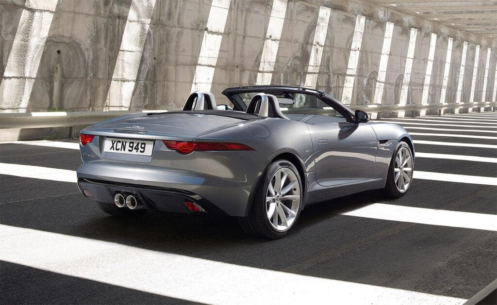 Luxurious Magazine Road Test: The Jaguar F-TYPE Convertible R-Dynamic 4