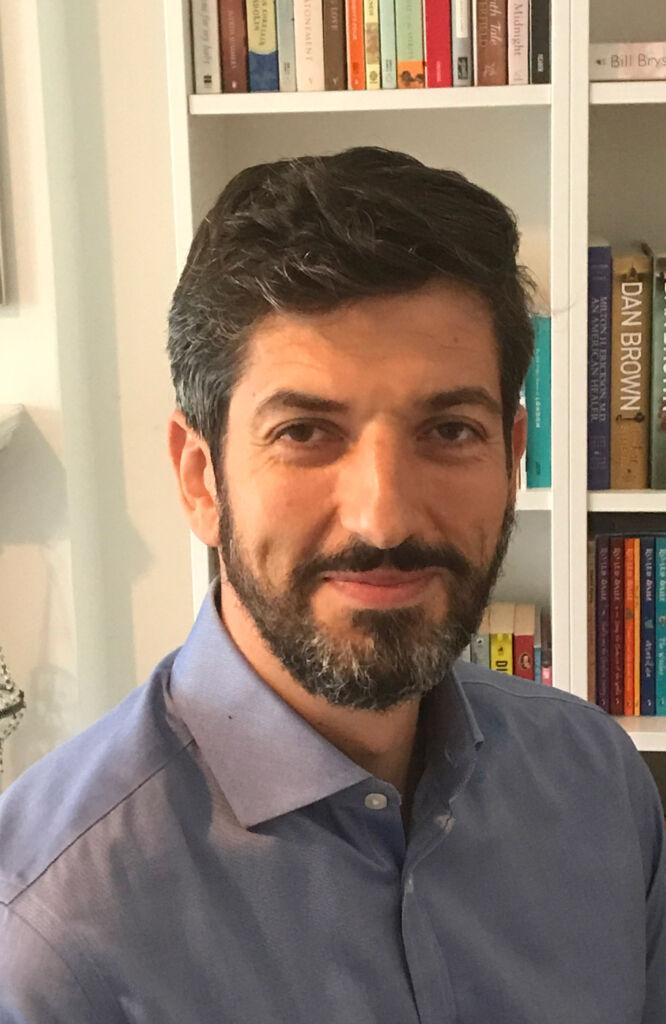 Therapist Felix Economakis