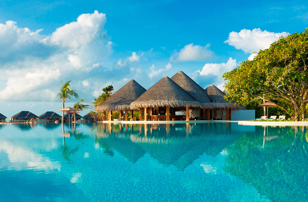 Floating Breakfast Concept at the Dusit Thani Maldives