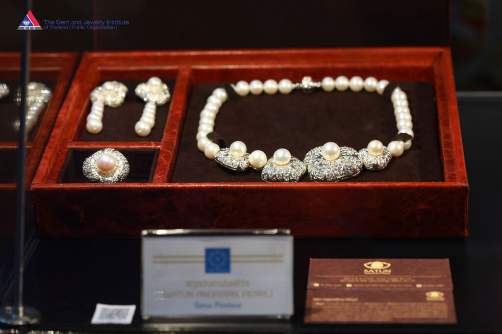 Local Jewelry Brands' Sales Increased 15-20% at the 64th Bangkok Gems and Jewelry Fair 2
