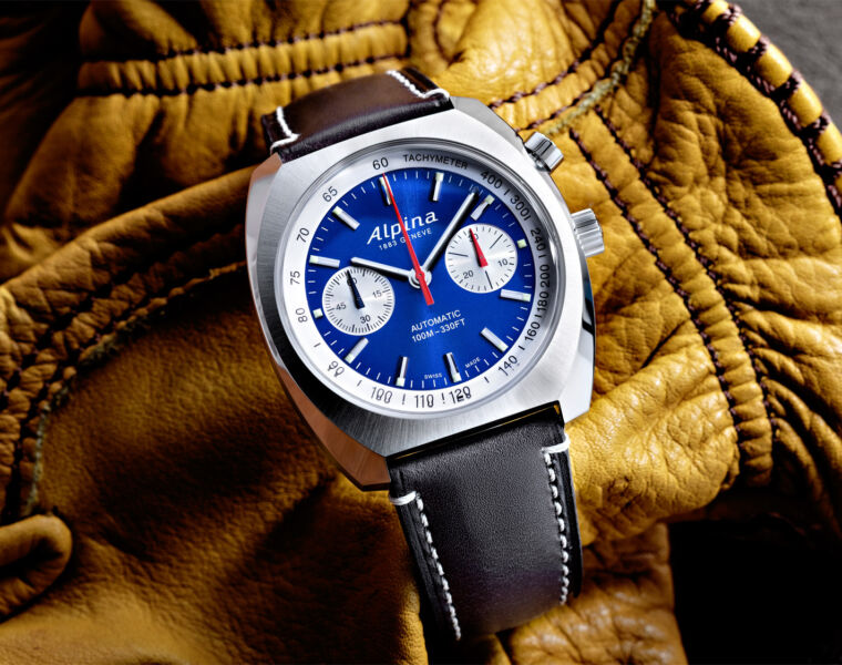 Alpina's Startimer Pilot Heritage Collection Welcomes First Chronograph