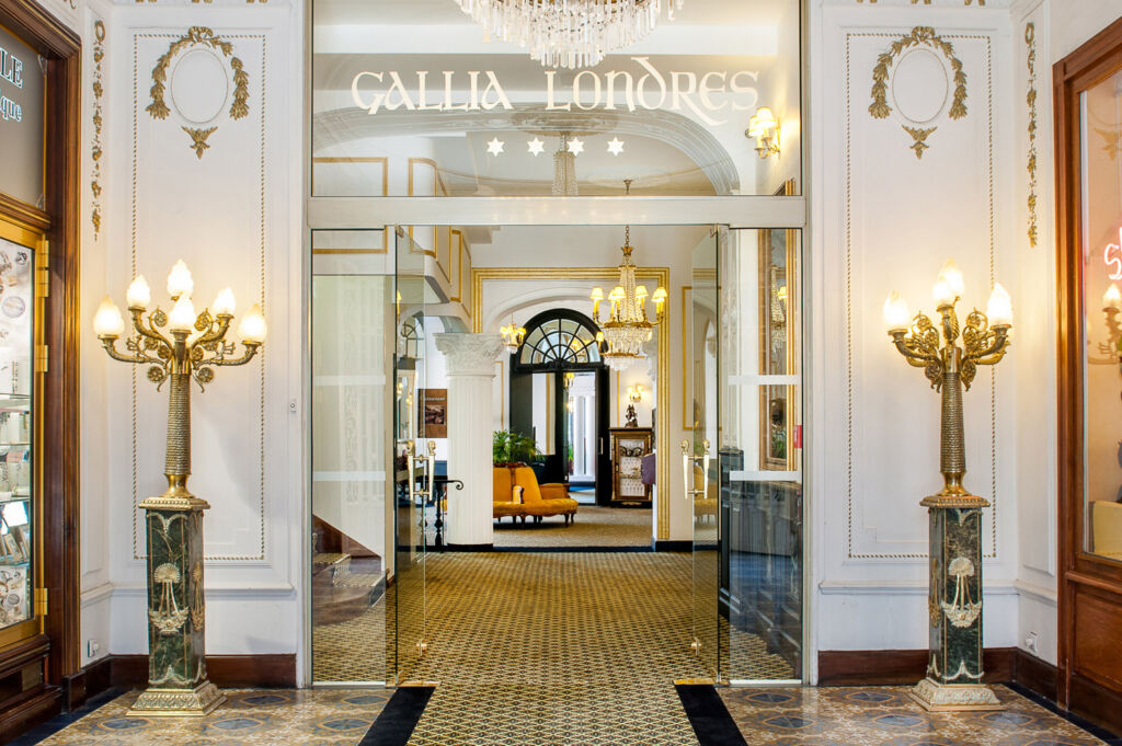 Grand Hotel Gallia & Londres entrance