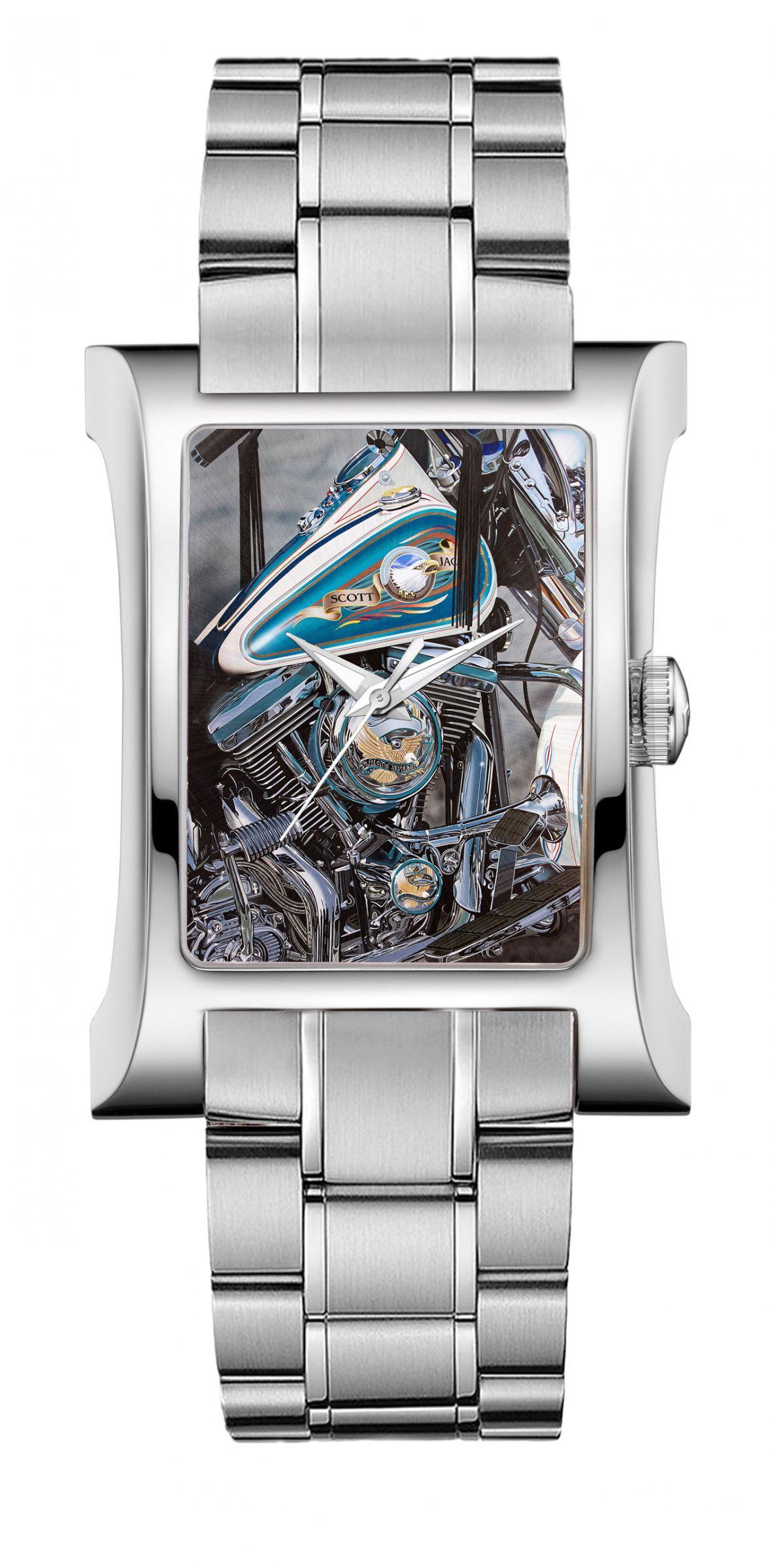 Cuervo y Sobrinos 'Live to Ride' timepiece.