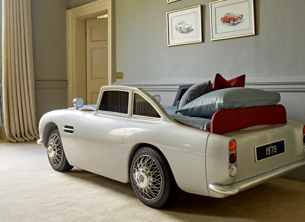Dragons of Walton Street's VC150 Bed - Sleep Well Mr Bond! 1