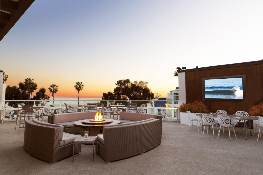DoubleTree Suites by Hilton Hotel Doheny Beach