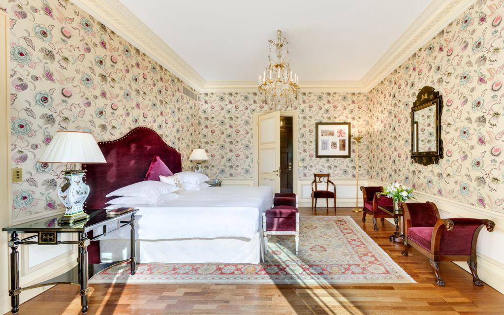 Hotel Metropole Monte-Carlo penthouse suite master bedroom.