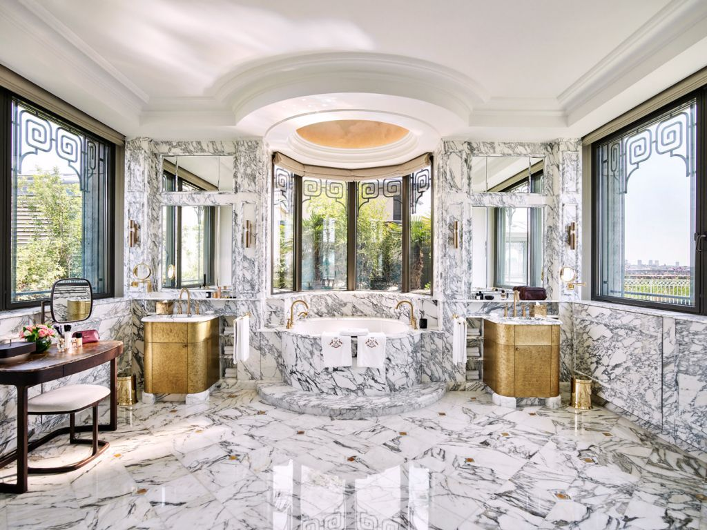 The Belle Etoile Suite bathroom.