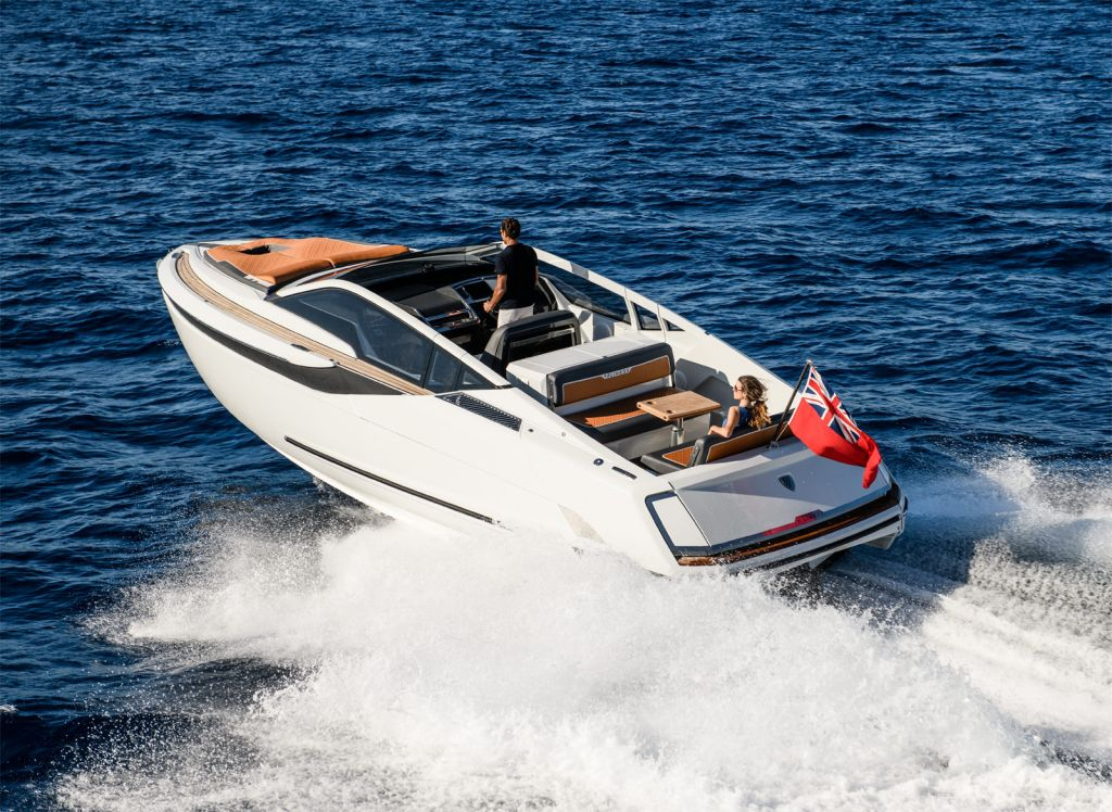 Fairline Yachts F Line 33 running in open water