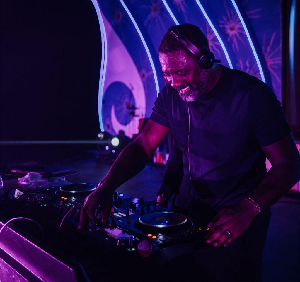 Idris Elba deejaying at One&Only Reethi Rah