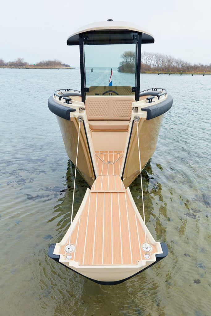 DutchCraft's DC25 - The New All-Electric Modular Superyacht Tender 2