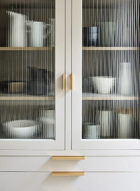 Martin Moore Creates Kitchen for Michelin-Starred Restaurant Pied à Terre 8