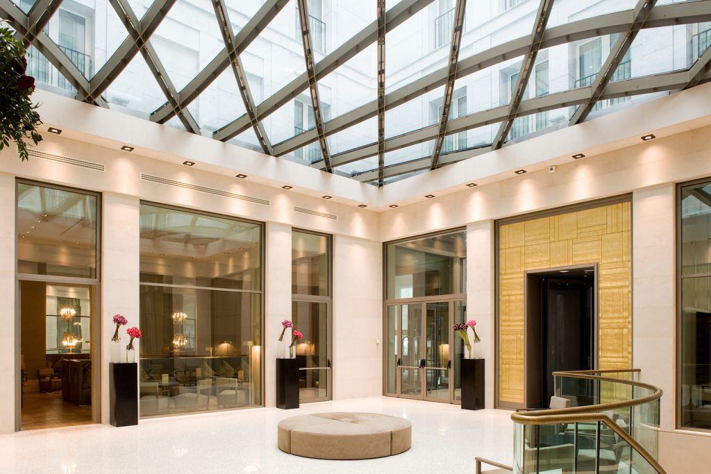 Rosa Grand Hotel Hall Lobby - Milan Fashion Week
