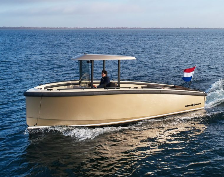 DutchCraft's DC25 - The New All-Electric Modular Superyacht Tender