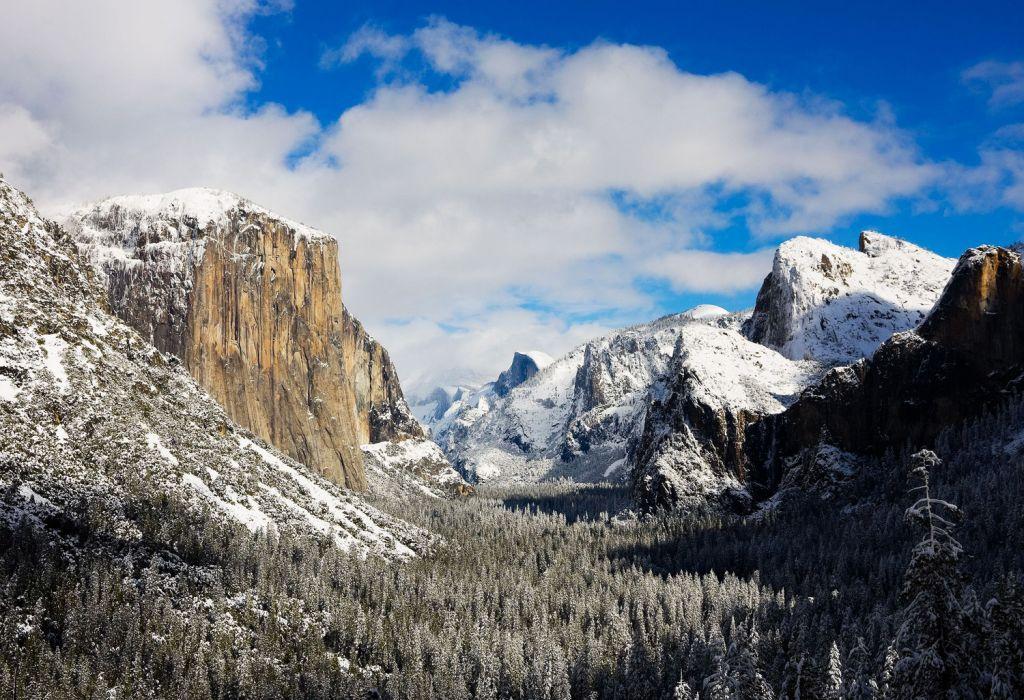 Beautiful Winter scenery in Yosemite Mariposa County