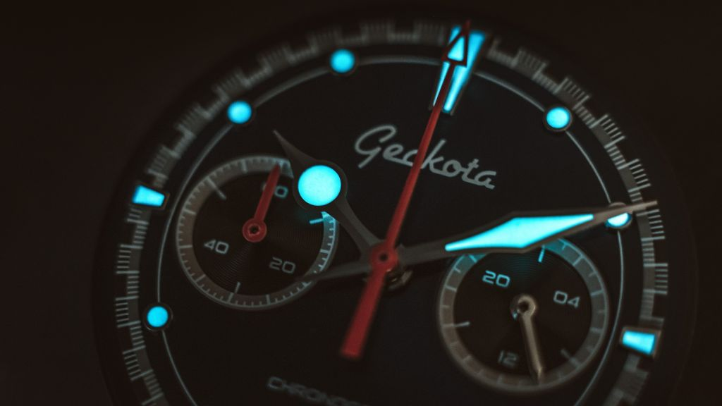 British Watch Brand Geckota Unveils their Space-age Inspired C-04 Timepiece 3