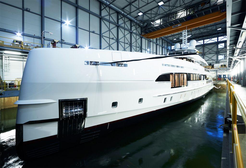 The sleek lines of the Heesen Electra superyacht