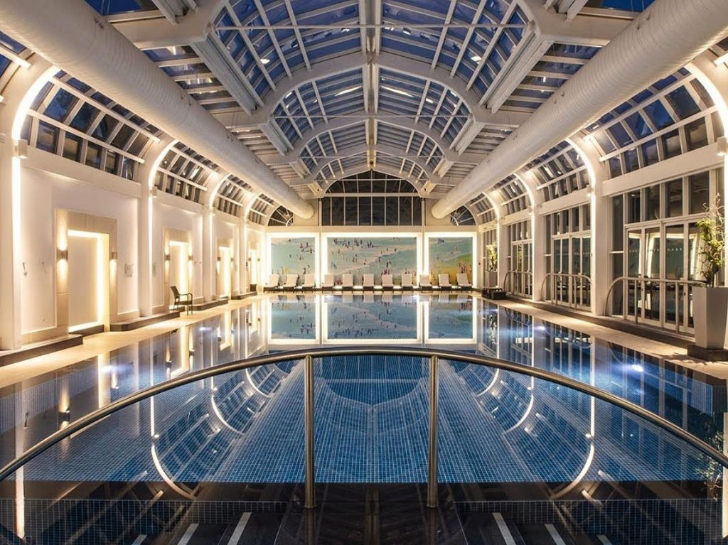 New Conservatory Pool at Four Seasons Hotel Hampshire