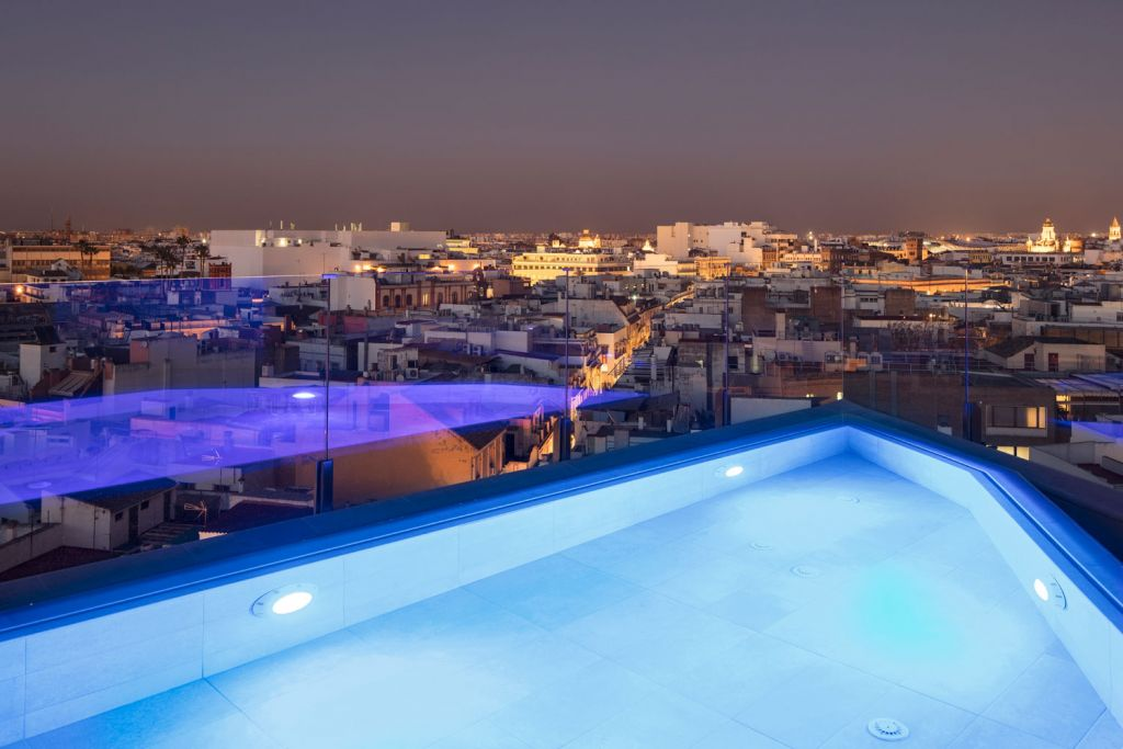 Rooftop swimming pool at the Hotel Colón Gran Meliá In Seville