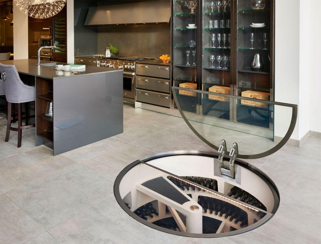 Bespoke wine room by Spiral Cellars