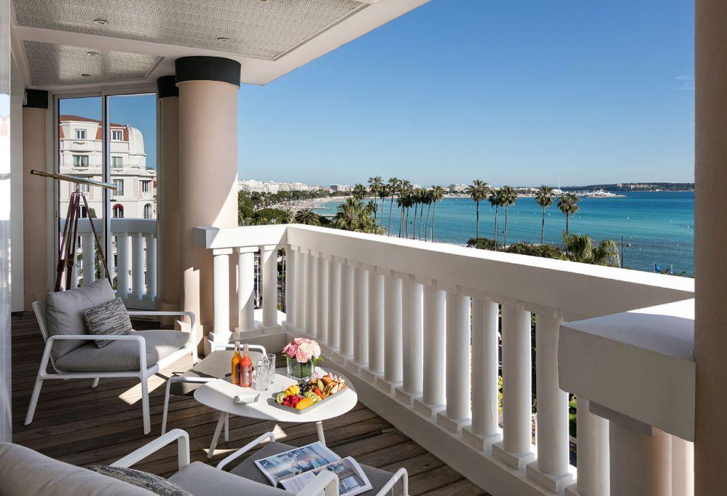 Hôtel Barrière Le Majestic Cannes views