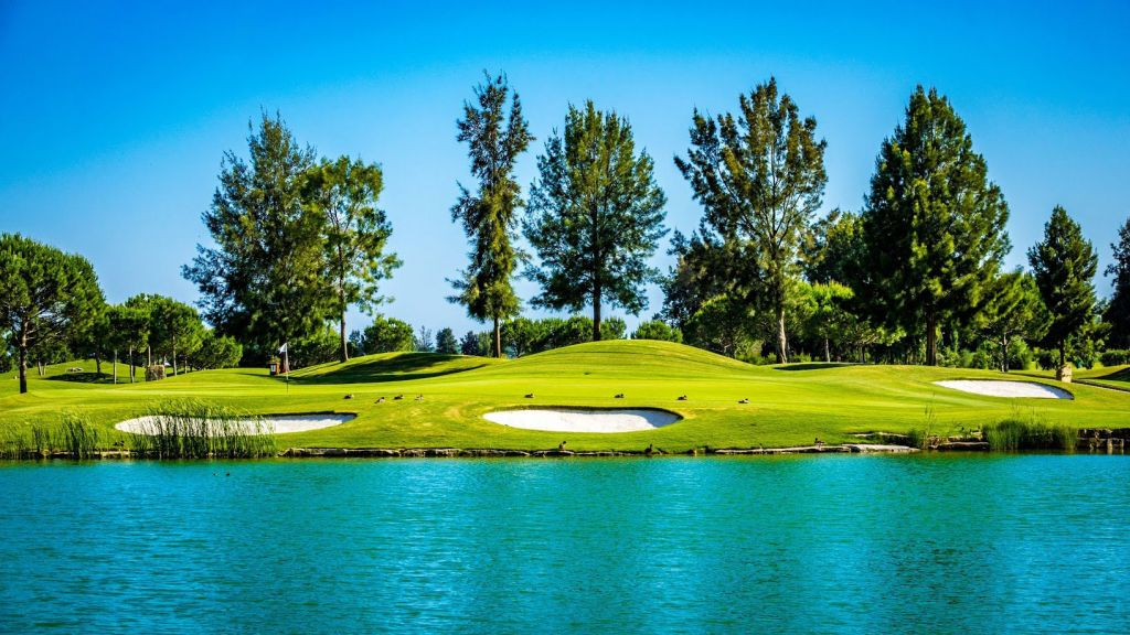 Golf is one of the biggest draws at Quinta do Lago