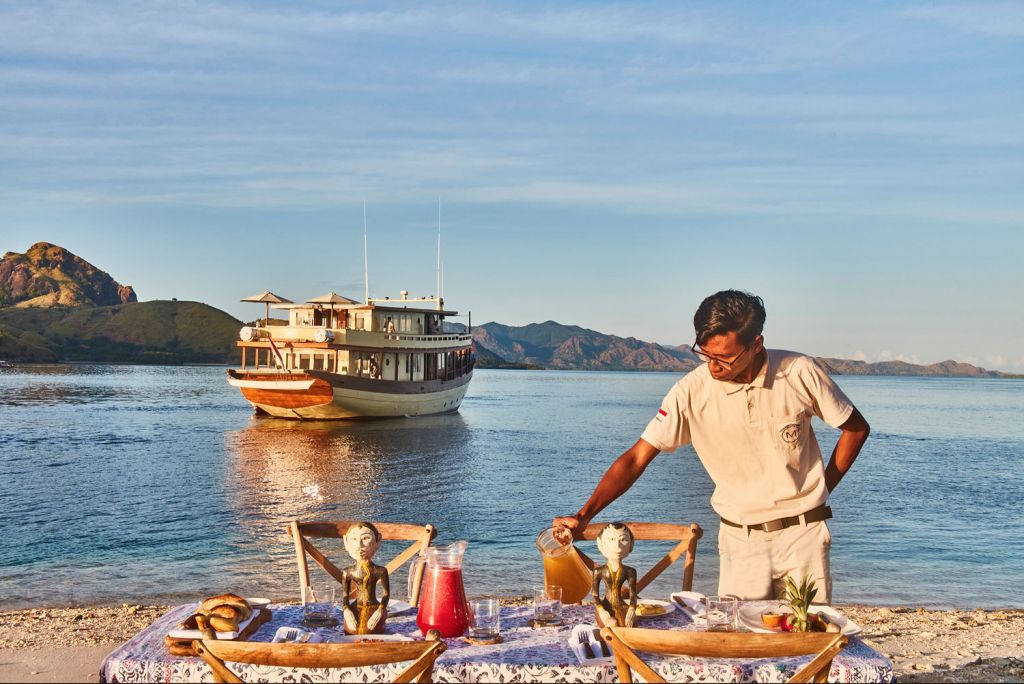 The Mischief Yacht has a Michelin-trained and local chef