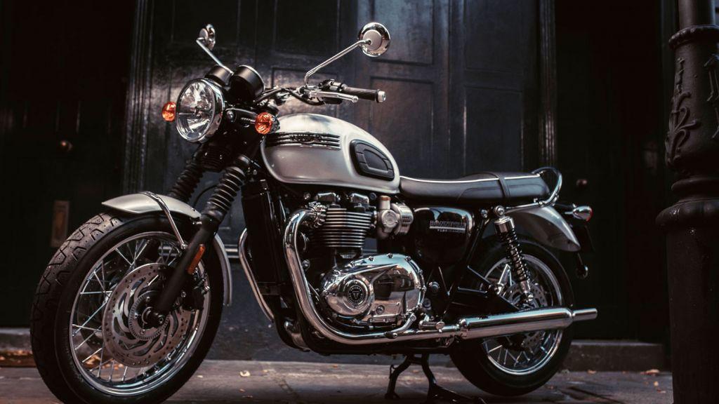 The Beauty Of The Triumph T120 Bonneville In Bonnie Scotland