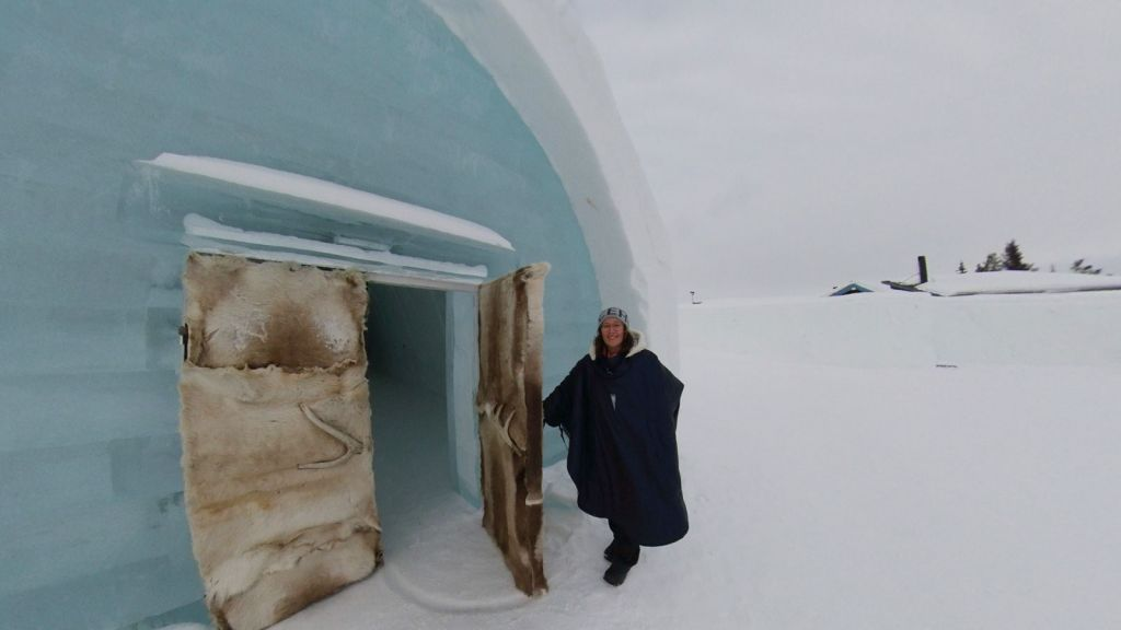 A virtual visit to the ICEHOTEL