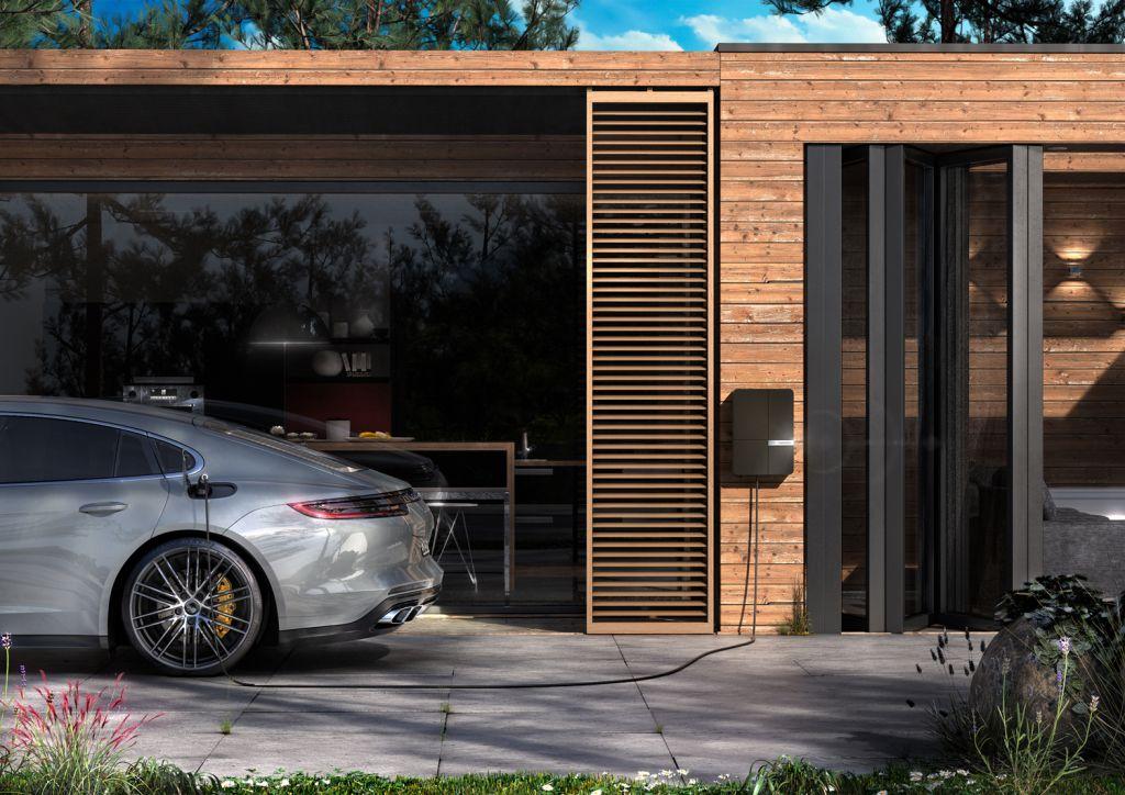Andersen has a partnership with Porsche