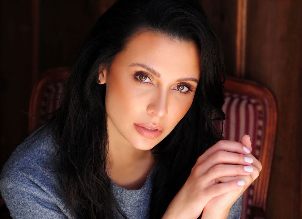 Exclusive Luxurious Magazine Interview With Actress Emily Shah