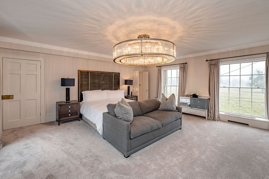 Prestbury House Hampton Court master bedroom suite