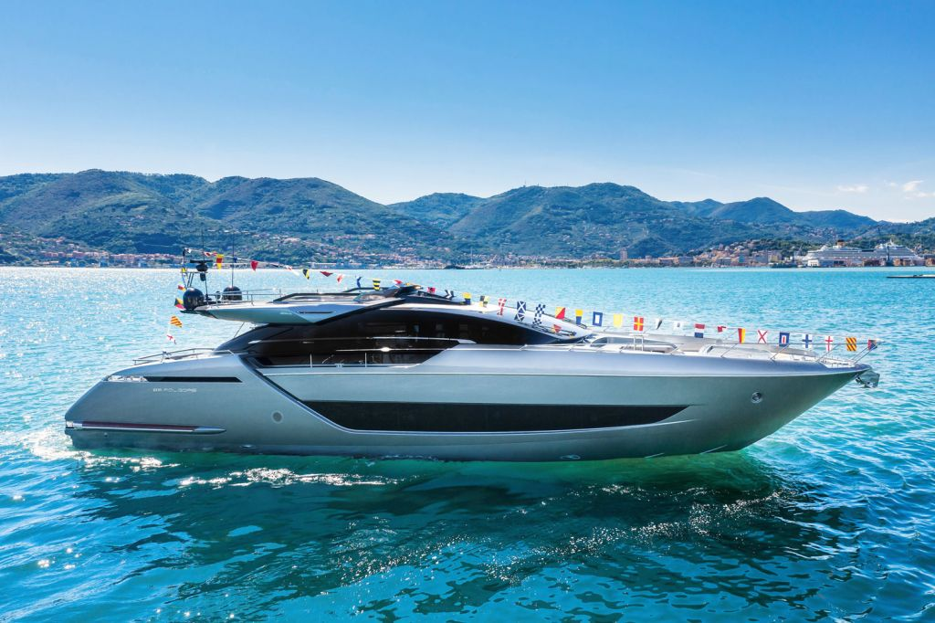 The New Riva 88' Folgore Gets Its First Taste of the Water