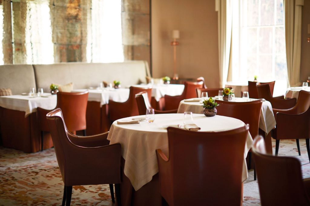 Table inside the Restaurant Coworth Park
