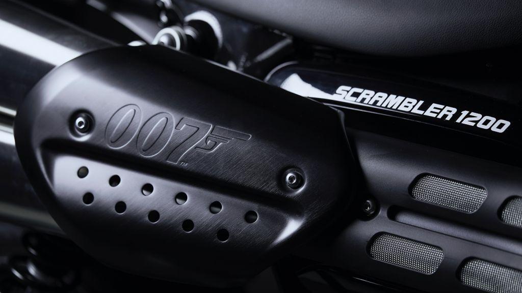 Triumph 1200 Scrambler Bond Edition 007 logo