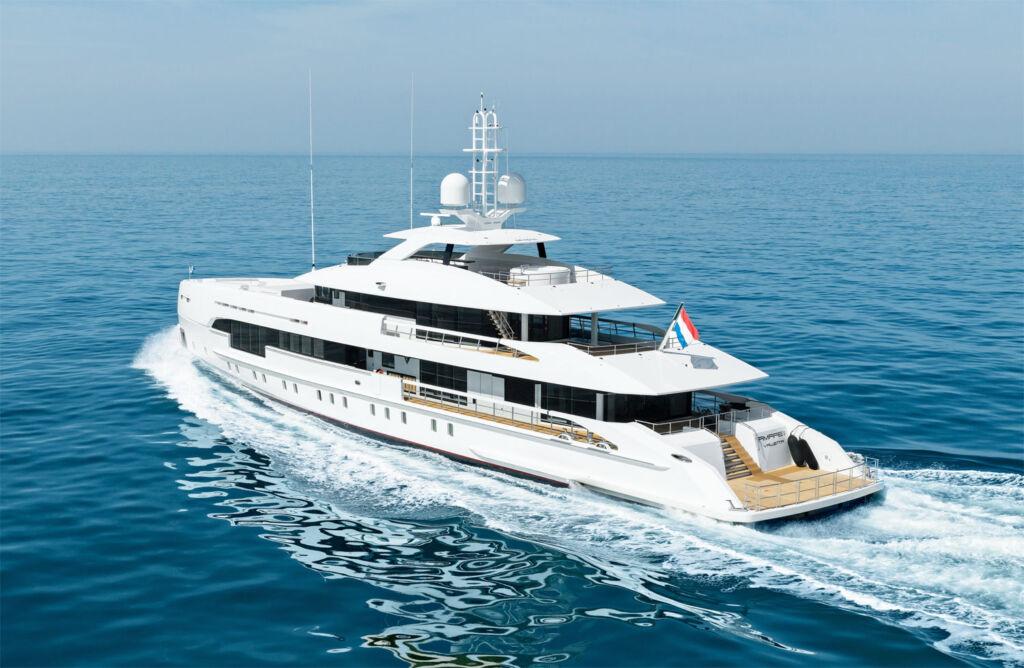 Heesen Amare II Yacht side profile