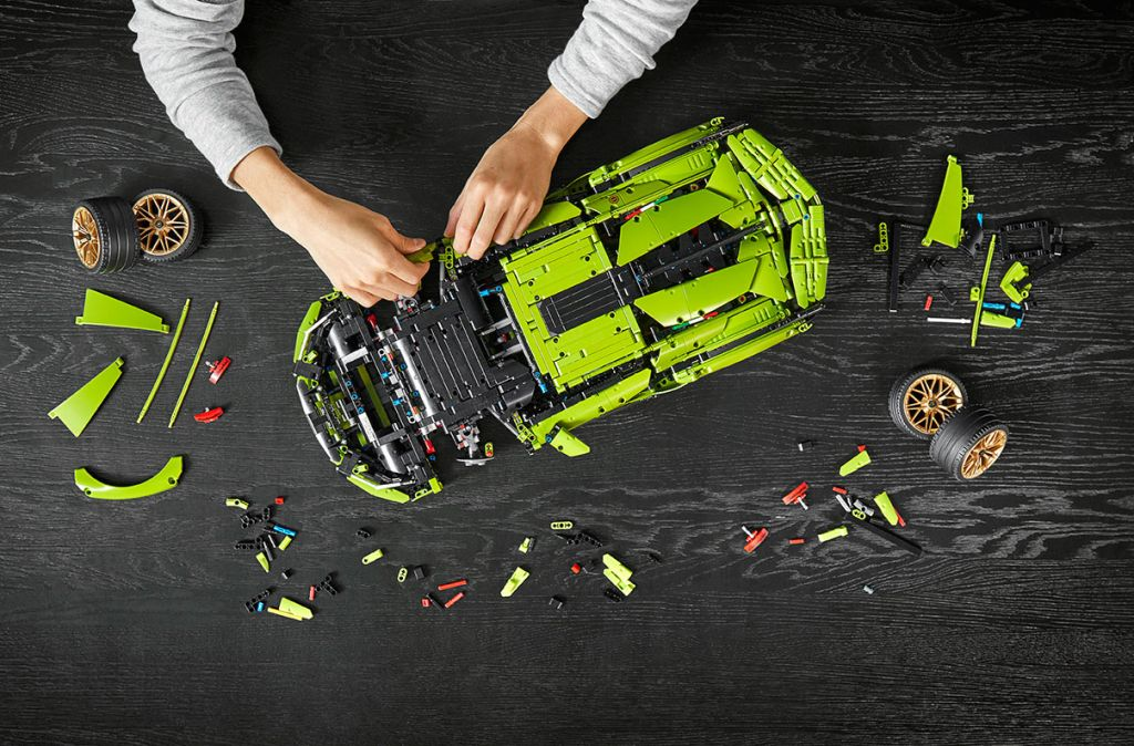 How to build a LEGO Lamborghini Sián