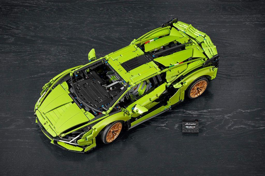 LEGO Lamborghini Sián top view