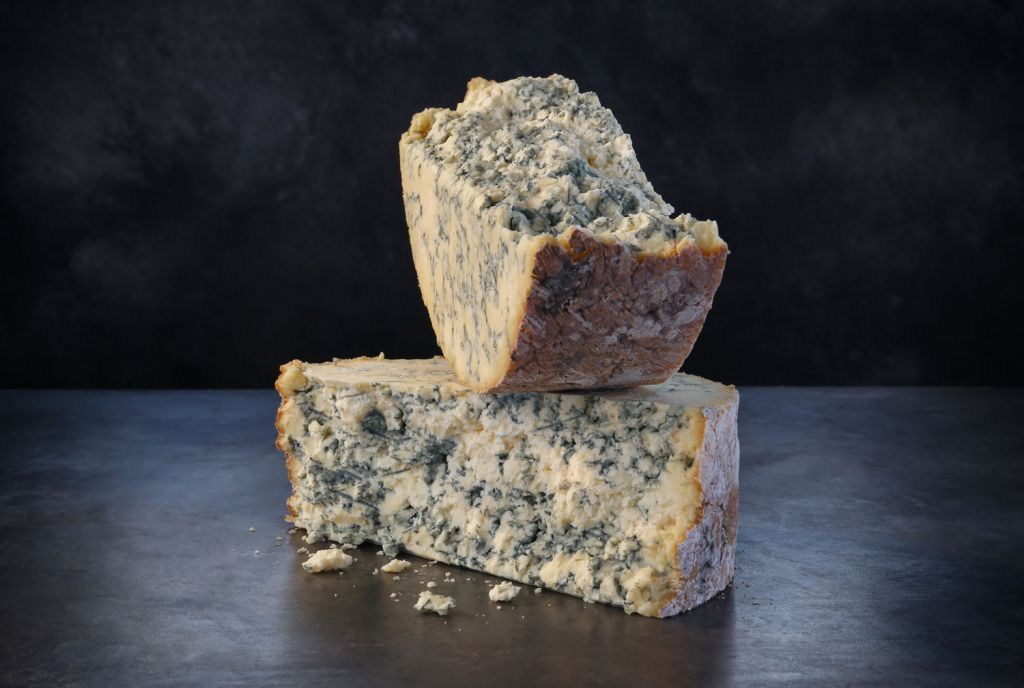 Research Shows Brits Prefer their own Cheese over French and Italian