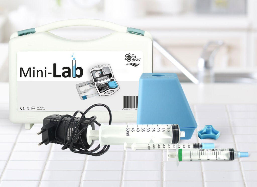 C4Hydro Mini-Lab is the First Consumer Pocket Water Testing Laboratory