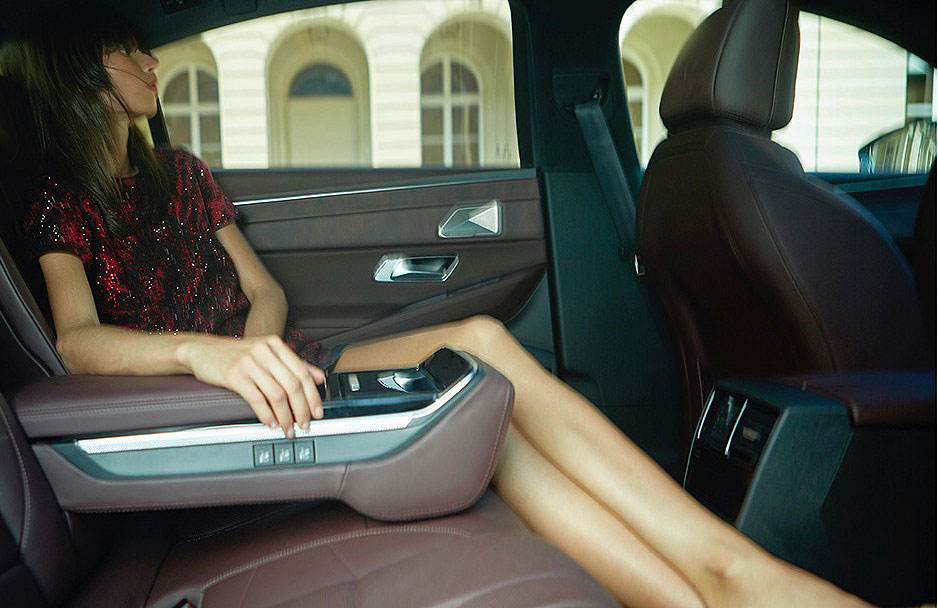 DS Automobiles Elevates the Gallic Style at Paris Fashion Week 3
