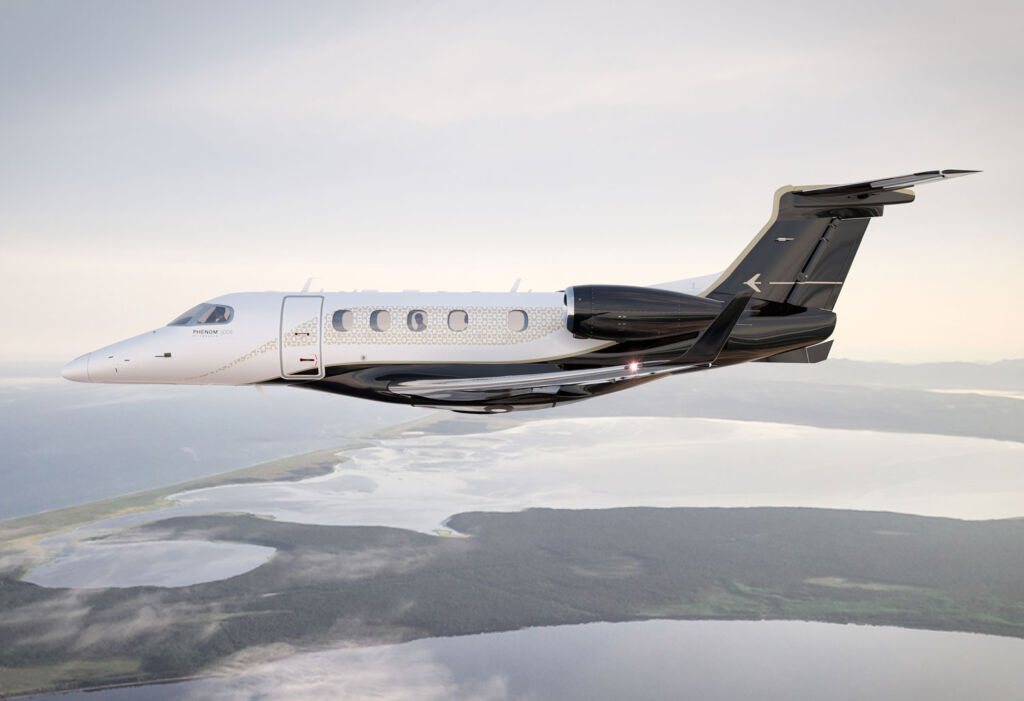 Embraer Jets P300E Bossa-Nova flying