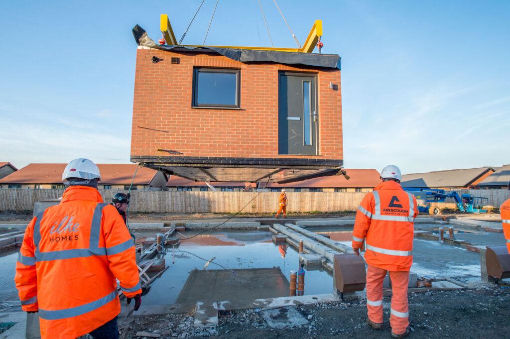 Installing a ilke Homes property by crane