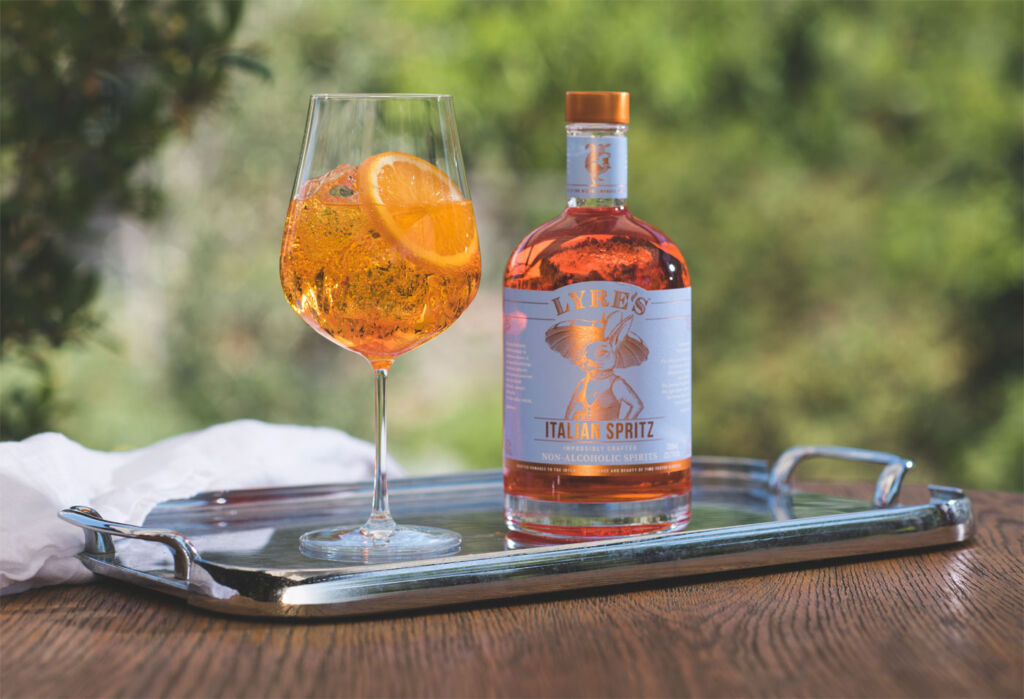 Lyre's Italian Spritz with a glass on a tray