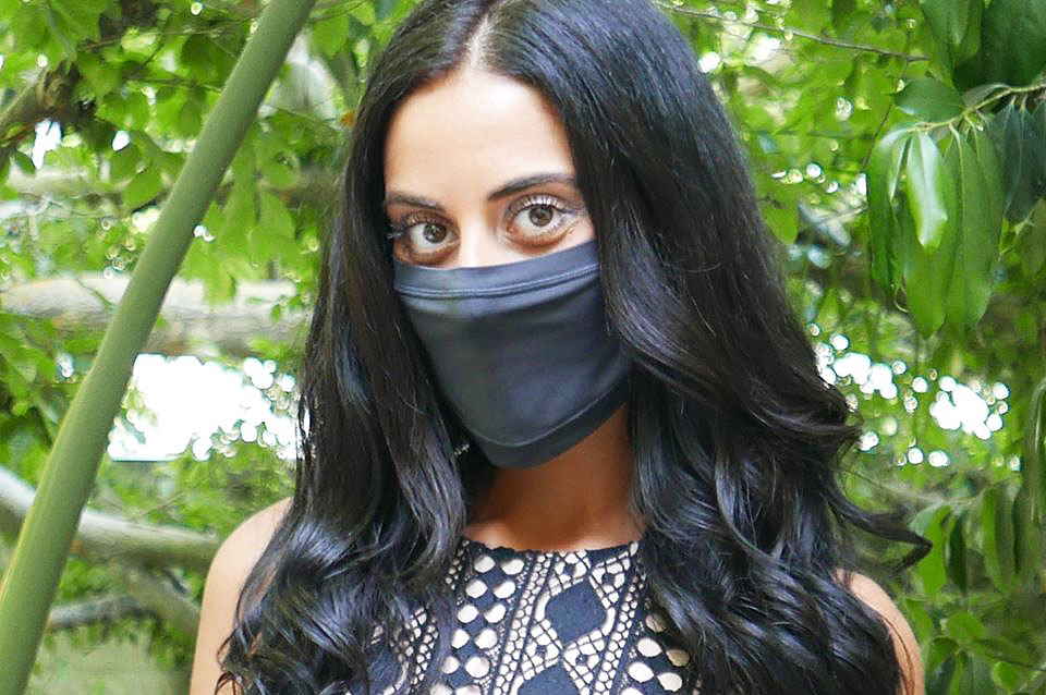 Model wearing black RXMask from Infrawear