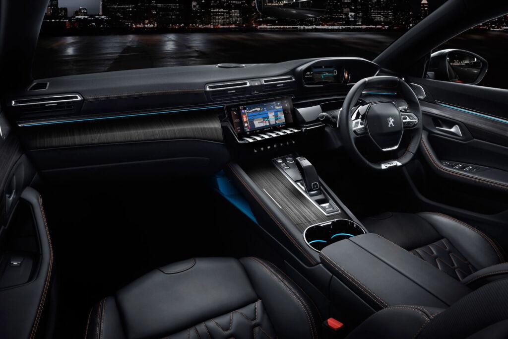 PEUGEOT 508 HYBRID GT Fastback interior