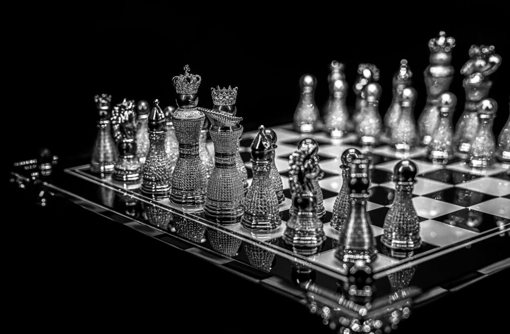 Pearl Royale chess set in white gold