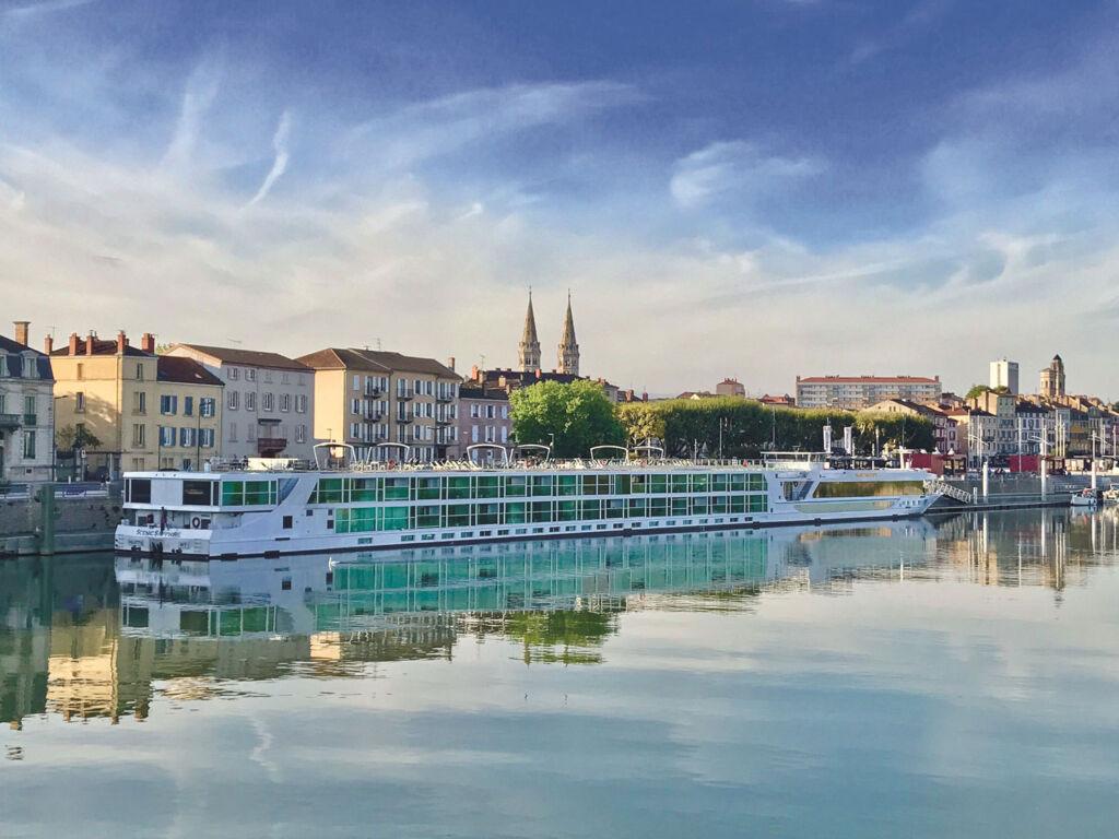 Scenic Cruises Sapphire in Fance