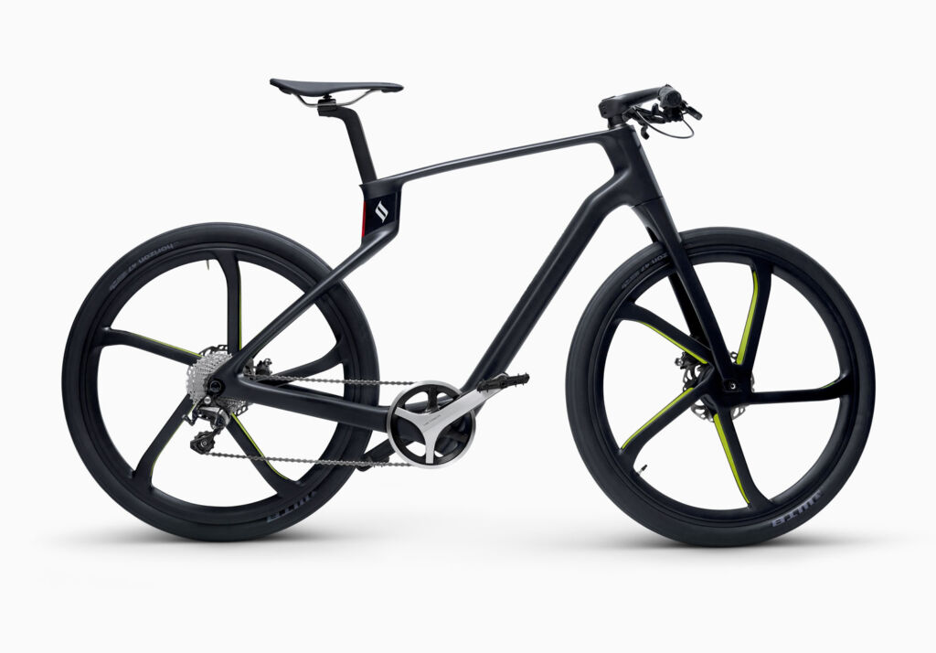 Superstrata 3D Printed Carbon Fibre E-bike in black